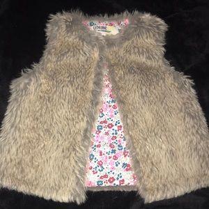 Genuine Kids Osh Kosh Toddler faux fur Vest 3T